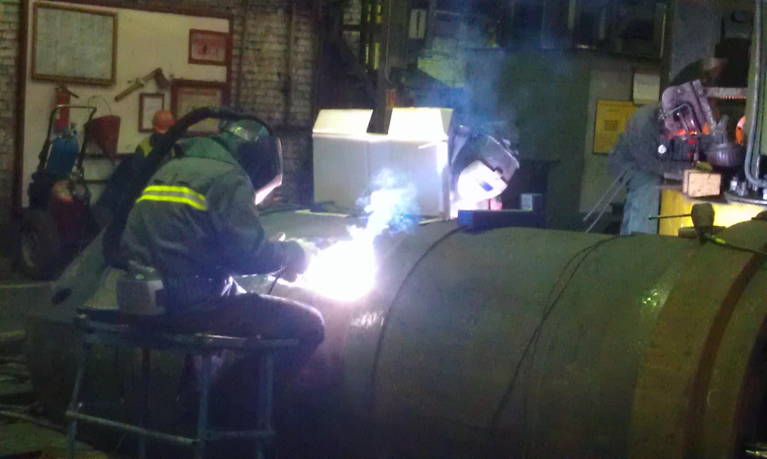 Восстановительный ремонт сваркой рабочего цилиндра гидравлического ковочного пресса силой 40 МН (Германия)